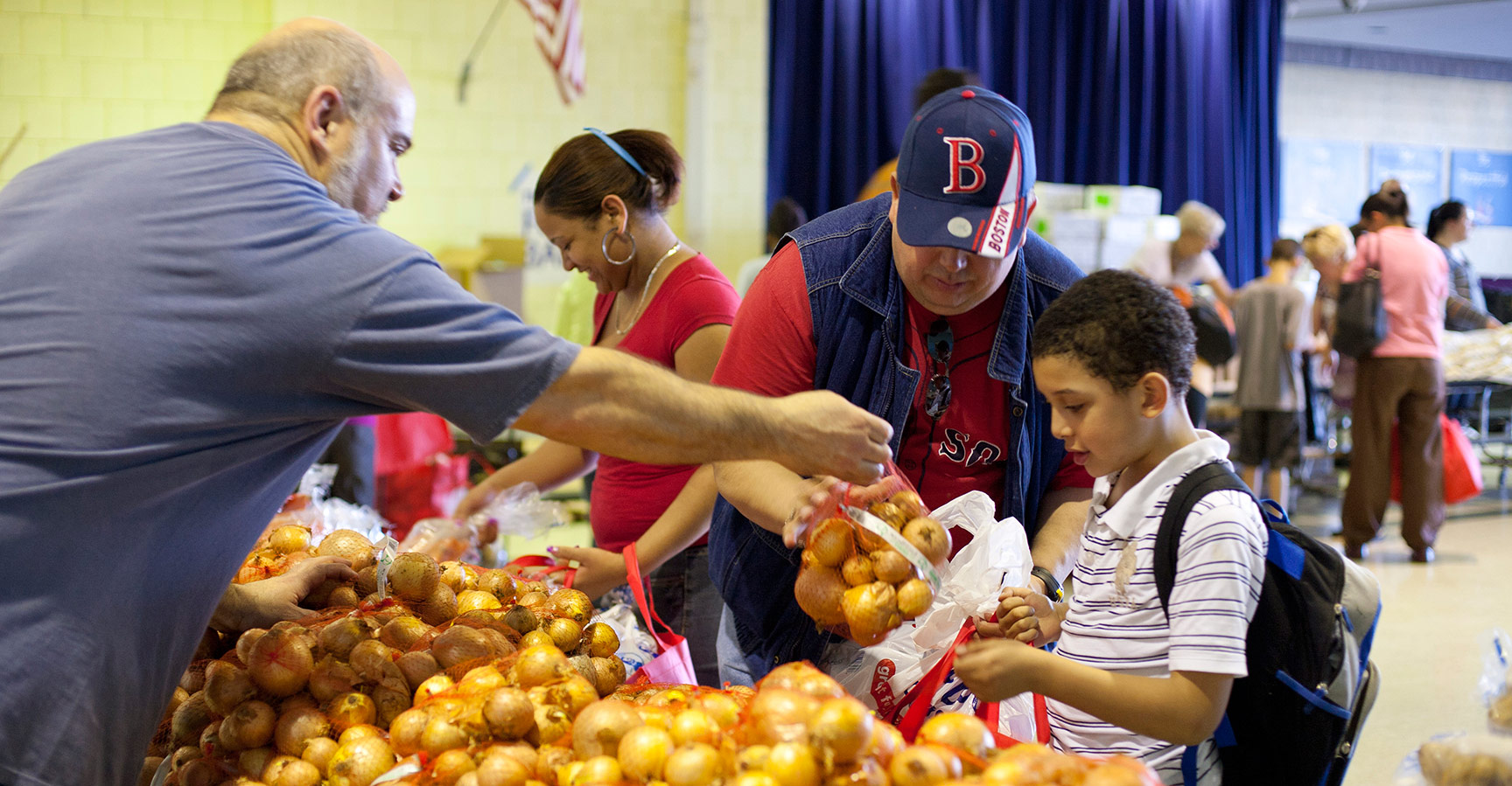 Community Food Pantries, Soup Kitchens & Shelters | Helping Harvest